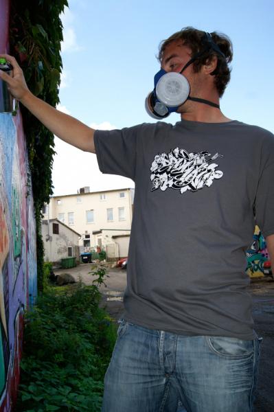 Downbylaw Dater Scetch Graffiti T-Shirt / Dunkelgrau
