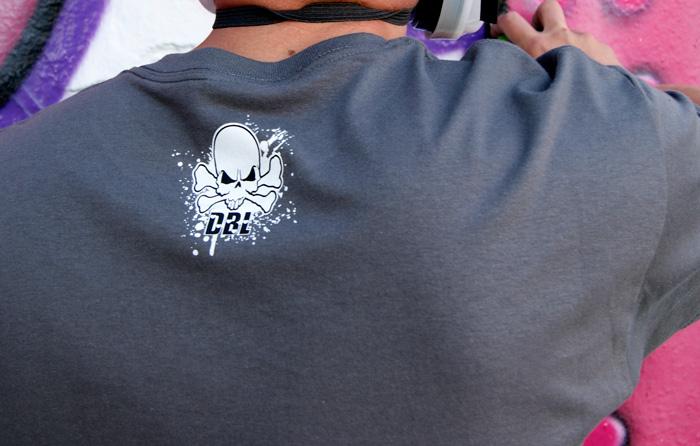 Downbylaw Slider Scetch T-Shirt / Dunkelgrau